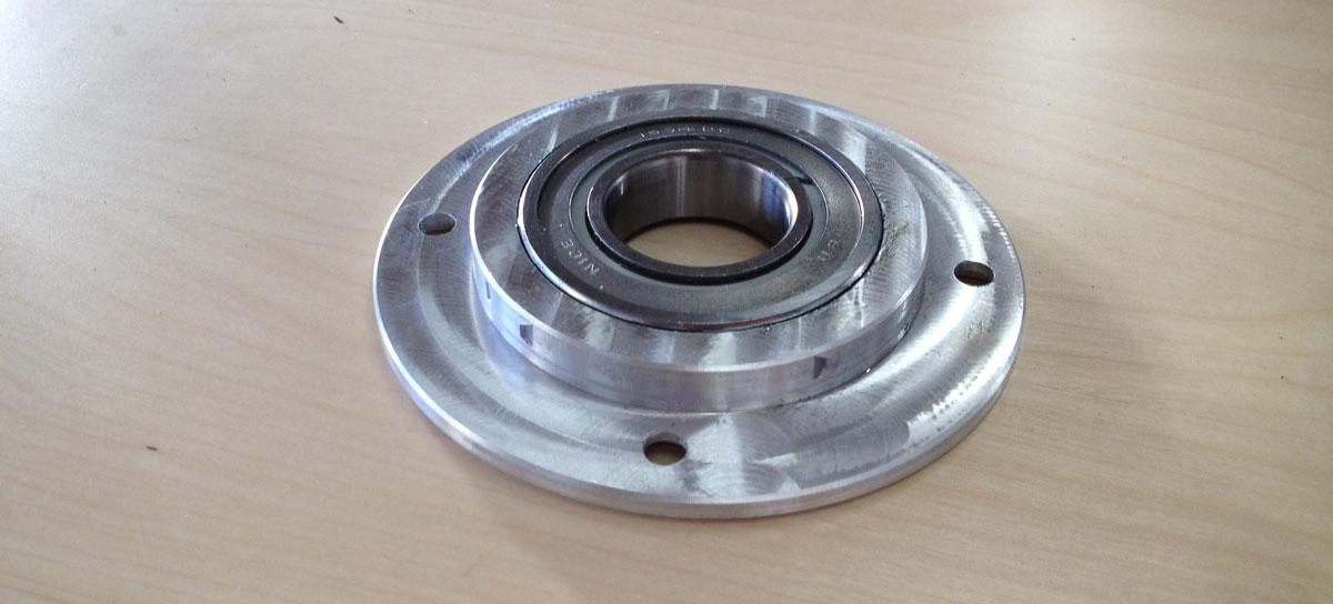 Revolver drive shaft bearing mount image