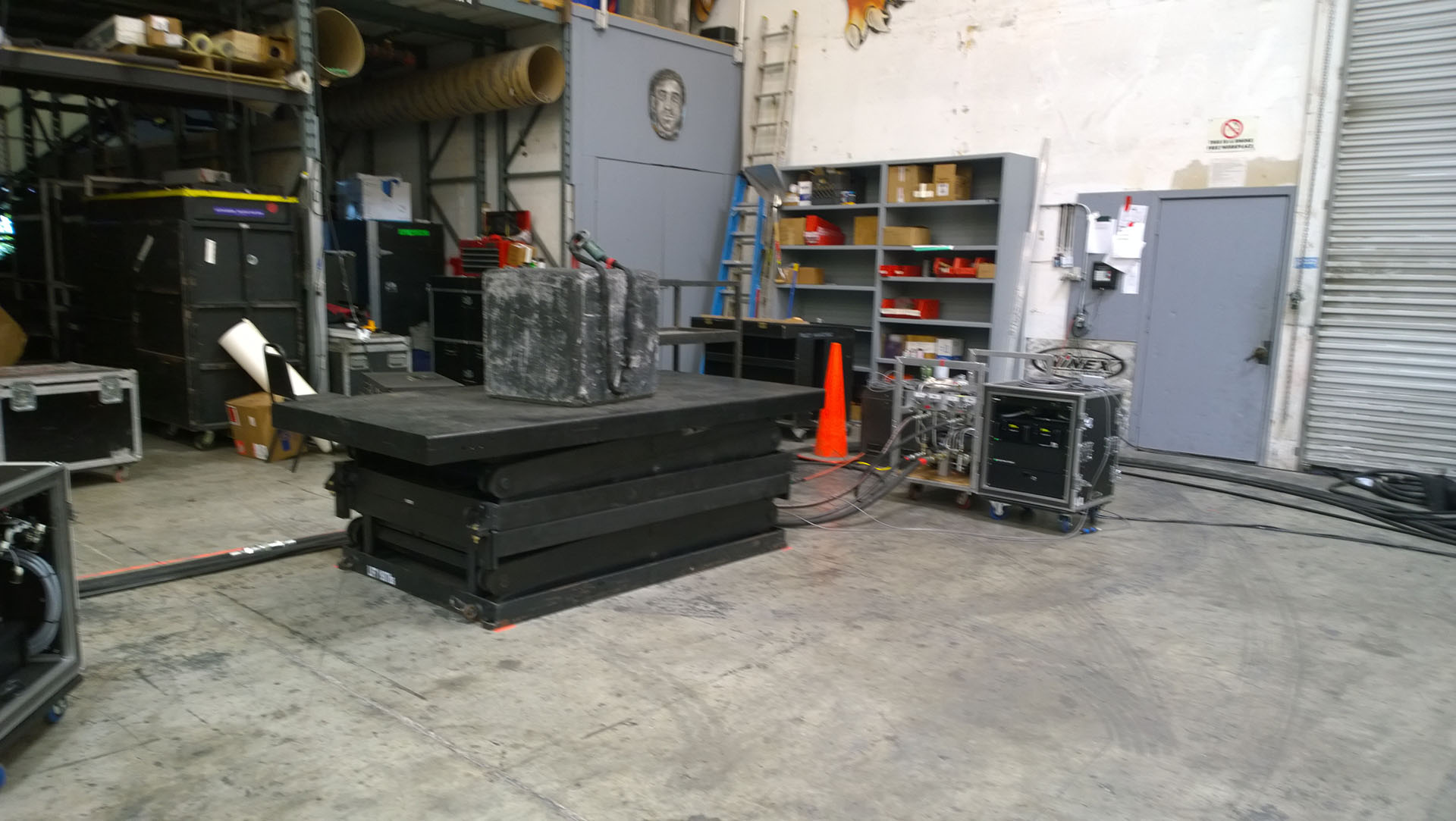 Stagehand Mini2 with lifts